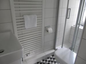 Bad Einzelzimmer Nr. 3